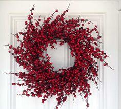 "24"" Glossy Berry Spiral Wreath - Red / Burgundy - 1 Floradecor.net"