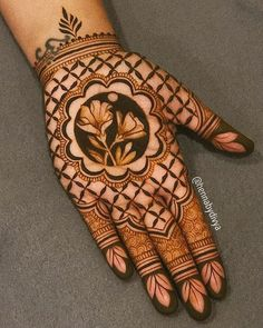 Easy and Simple Mehndi Designs That You Should Try In 2019 - Tikli Beginner Henna Designs, Henna Art Designs, Mehndi Designs 2018, Stylish Mehndi Designs, Dulhan Mehndi Designs, Mehndi Design Photos, Wedding Mehndi Designs, Mehndi Designs For Fingers, Henna Mehndi