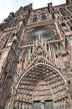 de la Barra photography, honeymoon ideas, honeymoon in Europe, Strasbourg, France