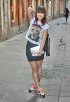 look ´90  , zara 2013 in Shirt / Blouses, zara 2013 in Bags, zara 2013 in Sneakers, mango 2012 in Jackets, Bershka 2012 in Skirts