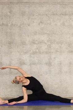 Gana flexibilidad haciendo esta rutina de estiramiento despues de hacer ejercicio. Tambien puedes hacerla si eres principiante. flexibilidad//rutina de ejercicio/ flexible Swimming Program, Outside Pool, My Life Style, Pimples, Face Wash, Workout Programs, Physique, Diabetes, Coaching