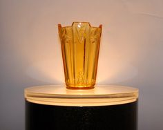"Art Deco ""Vogue"" vase in amber"