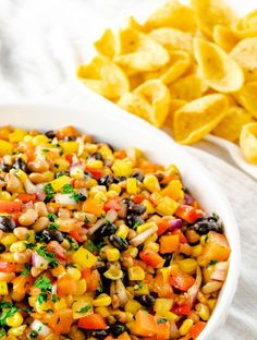 This greek orzo pasta salad would be refreshing pasta dish ideal for the parties, even dinner supper. This pasta salad with vegetables, orzo pasta, lemony oregano vinaigrette is a crowd favorite. Chili Sauce Recipe, Sauce Recipes, Noodle Recipes, Potato Recipes, Easy Chicken Recipes, Healthy Chicken, Funeral Potatoes Recipe, Mexican Food Recipes, Ethnic Recipes