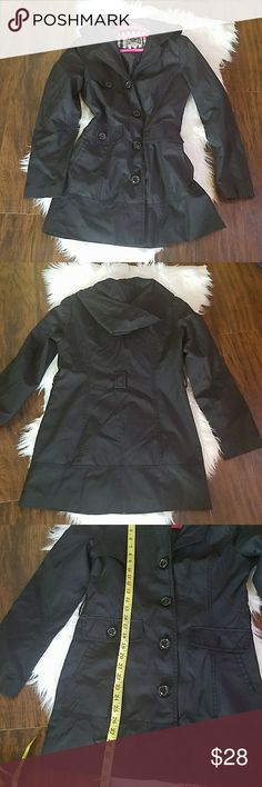 "Esprit Hooded Spring/Winter Jacket Esprit Hooded Spring/Winter Jacket  The belt is missing but can be worn with or without as its fits and sits nicely and neatly on the body Approximately 30"" long Esprit Jackets & Coats Trench Coats"