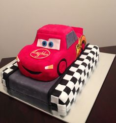 Lightning McQueen cake i made for a little boys birthday - he loves cars :)