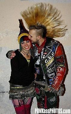 Punk Mohawk, Estilo Punk Rock, Skin Head, Riot Grrrl, New Romantics, Punk Goth, Psychobilly, Punk Fashion, Alternative Fashion