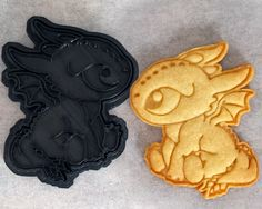 How To Train Your Dragon - Baby Toothless Cookie Cutter by CrimsonManeCreations on Etsy https://www.etsy.com/listing/239173047/how-to-train-your-dragon-baby-toothless