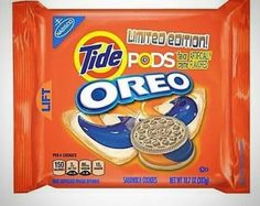 America& best foods are . Weird Oreo Flavors, Pop Tart Flavors, Cookie Flavors, Lays Flavors, Funny Food Memes, Food Humor, Stupid Funny Memes, Funny Pics, Hilarious