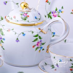 I'd love a Herend teaset!