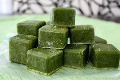 Frozen green smoothie cubes for quick & easy morning smoothies!