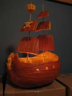 60 Easy, Cool and Scary DIY Pumpkin Carving Ideas for Halloween 2016 - Pirate Ship Halloween 2018, Holidays Halloween, Halloween Crafts, Holiday Crafts, Halloween Party, Happy Halloween, Pirate Crafts, Pirate Halloween Decorations, Halloween Images