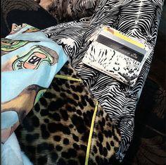 Mix and match. #zebre #leopard #bieres #vb #australia #heimstone #heimstonisation #wallet