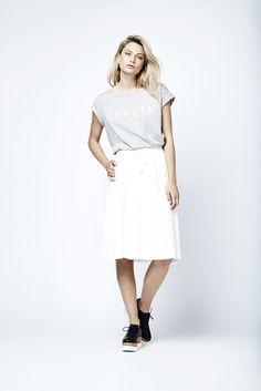 A jersey logo-tee with the Vita skirt. Fashion // clothing // woman // inspiration // www.dante6.com