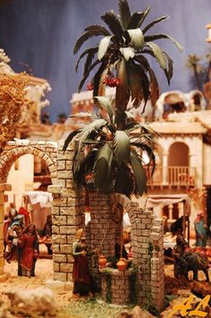 tutorial for palms, no English but good pictures, como en los Christmas In Italy, Christmas Holidays, Christmas Wreaths, Christmas Decorations, Xmas, Christmas Ornaments, Christmas Nativity Scene, Christmas Villages, Nativity Scenes