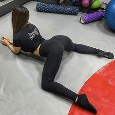 @komoigbabes  Caption this 👇 . . . #fit #fitness #fitnessmodel #health #healthy #instahealth #workout #gym #swag #squats #bikini #instagood #instadaily #instalike #photooftheday #picoftheday #bestoftheday #girl #model #me #follow #followme #beautiful #hot #amazing #smile #kik #selfie #snapchat #beach