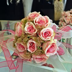 Pink roses wedding bouquet...
