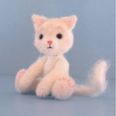 FREE Amigurumi Cat Crochet Pattern and Tutorial by Sue Pendleton