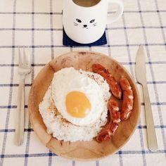 .@iiimono | Breakfast for lunch kinda budget. | Webstagram