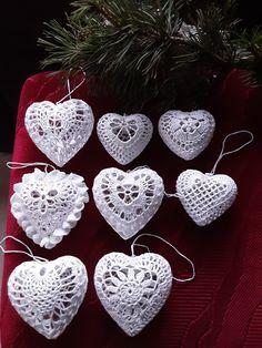 Crochet Snowflake Pattern, Crochet Square Patterns, Christmas Crochet Patterns, Crochet Snowflakes, Crochet Cross, Crochet Diagram, Crochet Home, Thread Crochet, Crochet Gifts