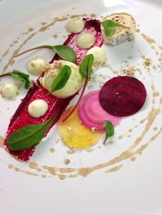 George Dack ‏@ChefDack April 6 Goats cheese and beetroot flavours @Take Stock Magazine #FeedYourEyes pic.twitter.com/SQwtm1PRk9