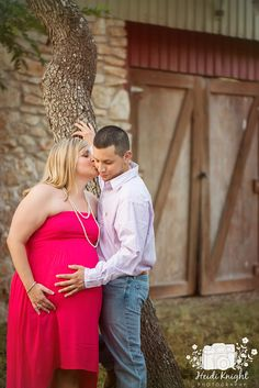 Maternity photo session with a beautiful Austin Texas couple