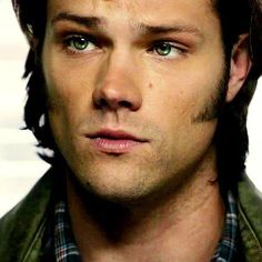 Sam and puppy eyes. I still really dislike these sideburns though. #SamWinchester