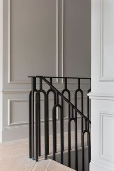 Another restored home in London by Undercover Architecture - house and flat decorations Iron Stair Railing, Stair Handrail, Staircase Railings, Stairways, Banisters, Handrail Ideas, Metal Spindles, Modern Railing, Painted Staircases