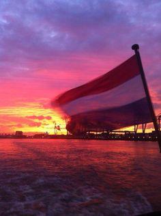 Rotterdamse haven in de ochtend