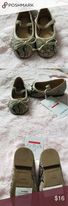 Baby girl shoes New with tags! Beautiful shoes size 6 Shoes Dress Shoes