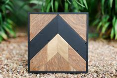 Small Reclaimed Wood Wall Art, Black and Gold Design, Modern Style Reclaimed Wood Wall Art, Wooden Wall Art, Diy Wood, Custom Woodworking, Woodworking Projects Plans, Triangle Art, Wooden Wall Panels, Pallet Art, Pallet Ideas