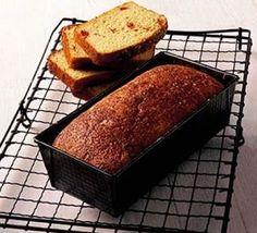 Gluten-free sundried tomato bread (GF, Veg) - A quick, gluten-free bread recipe - no need for yeast, ready in under an hour Bbc Good Food Recipes, Bread Recipes, Cooking Recipes, Bakery Recipes, Wheat Free Recipes, Gluten Free Recipes, Gf Recipes, Sun Dried Tomato Bread, Muffins