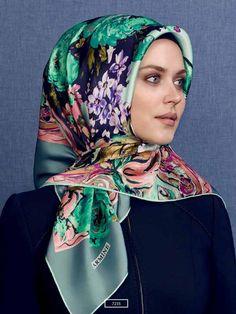 Turkish Hijab Style, Turkish Fashion, Hijab Dress, Hijab Outfit, Stylish Hijab, Modern Hijab Fashion, Fall Scarves, Beautiful Hijab, Scarf Hairstyles
