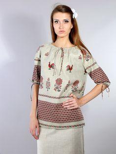 Льняная блузка с цветами - студийная модельная каталожная фотосъемка для интернет-магазина - Folov.in