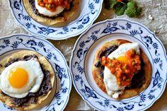 Huevos Motuleños a delicious Mexican breakfast