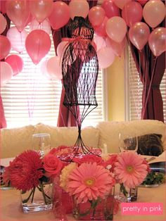 Great Pink theme for a Pretty In Pink baby shower - balloons! Shower Bebe, Baby Shower Fun, Girl Shower, Shower Party, Baby Shower Parties, Bridal Shower, Baby Showers, Party Party, Party Time