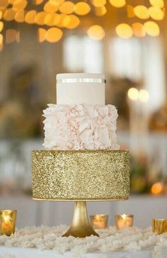 Love Wedding Cakes pink and gold wedding cake idea, blush and gold cake Pink And Gold Wedding, Blush And Gold, Blush Pink Wedding Cake, Black Gold, Orange Wedding, Touch Of Gold, Red Black, Pretty Cakes, Beautiful Cakes