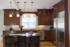 Kitchen Photos Stained Kitchen Cabinets Design Ideas, Pictures, Remodel, and Decor - page 20