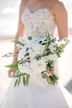 0017_Margaret Kyle & Kyle Seabrook Club Wedding {Jennings King Photography. #wedding #flowers #brides #floral #women's  #weddingideas #flowerarrangements #bridesmaid
