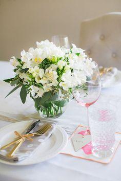 Especial Dia dos Namorados. Veja como preparar uma linda mesa: http://casadevalentina.com.br/blog/detalhes/dia-dos-namorados-+-original-2867  #details #interior #design #decoracao #detalhes #decor #home #casa #design #idea #ideia #tableware #mesa #casadevalentina #namorados #love #amor
