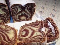Chec Zebra, in doua culori No Bake Desserts, Delicious Desserts, Yummy Food, Cacao Benefits, Romanian Desserts, Sweet Bread, Diy Food, Sweet Tooth, Bakery