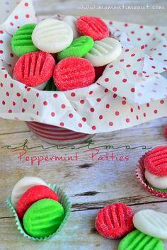 Easy Christmas Peppermint Patties recipe via MomOnTimeout.com #Christmas #candy #recipe