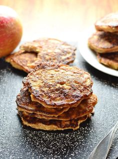 This apple cinnamon pancakes recipe with yogurt not only makes a delicious, healthy breakfast, but can also be enjoyed as a healthy snack. Equally delicious hot as well as cold. These pancakes contain no added sugar! Sweet Pancake Recipe, Pancake Recipe With Yogurt, Yogurt Recipes, Apple Recipes, Bread Recipes, Scotch Pancakes, Low Sugar Snacks, Dairy Free Pancakes, Healthy Snacks