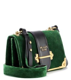 Best Women's Handbags & Bags : Prada at Luxury & Vintage Madrid , the best online selection of Luxury Clothing , Accessories , New or Pre-loved with up to discount Prada Handbags, Purses And Handbags, Prada Wallet, Prada Bag, Vintage Accessories, Clothing Accessories, Bag Accessories, Style Vintage, Vintage Soul