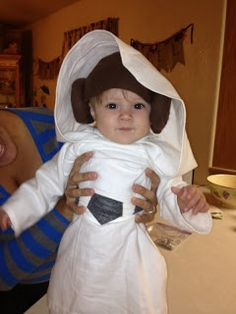 71b7c7db1cd Bug N  Sprout  Handmade costume baby Leia. In case you haven t noticed