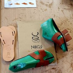 Nikos Shoes Sandals by NikosShoesSandals on Etsy How To Make Leather, How To Make Shoes, Leather Slippers, Leather Sandals, Shoes Sandals, Flat Sandals, Gladiator Sandals, Leather Gifts, Leather Craft