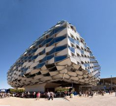 AMAZING PICTURES OF STRANGEST BUILDING