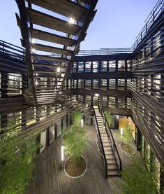 La Licorne Office Building / PERIPHERIQUES Marin+Trottin Architectes