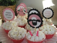Vintage Violet Style: Shaun the Sheep Birthday Party