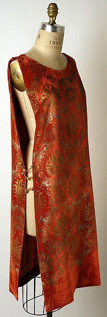 Evening dress (tabard) Designer: Maria Gallenga (Italian, Rome 1880–1944 Umbria) Date: 1920s Culture: Italian Medium: silk, glass