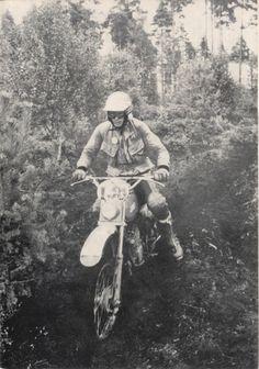 Photo - #138 Mrazek of the Czech Trophy team ISDT 1978